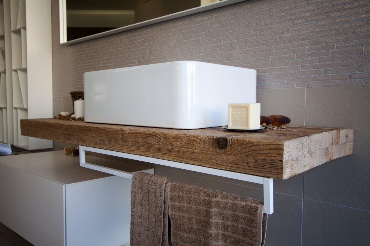 mobile bagno legno