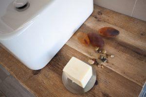 mobile bagno in legno